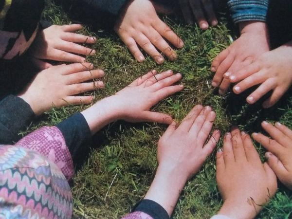 KiGa Neuhaus (Oste) | Gemeinsam stark, alle Hände zusammen